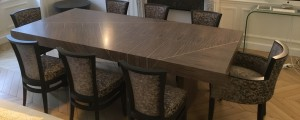 Dining table made to measure in gray fraké and brass net