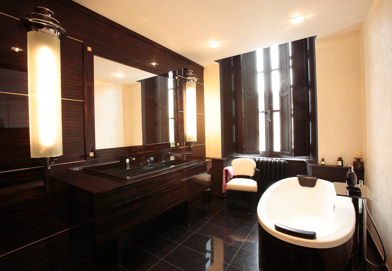 salle de bain en ébène de Macassar - Mobilier Art Déco Paris ...
