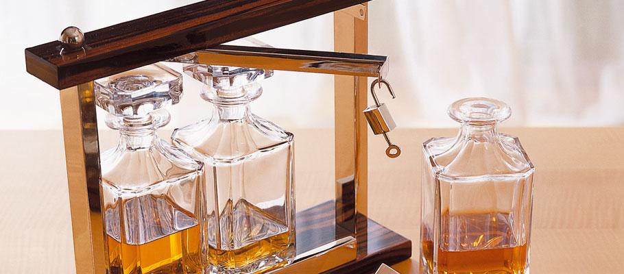 cave whisky mobilier art d co paris agencement xavier g lineau. Black Bedroom Furniture Sets. Home Design Ideas